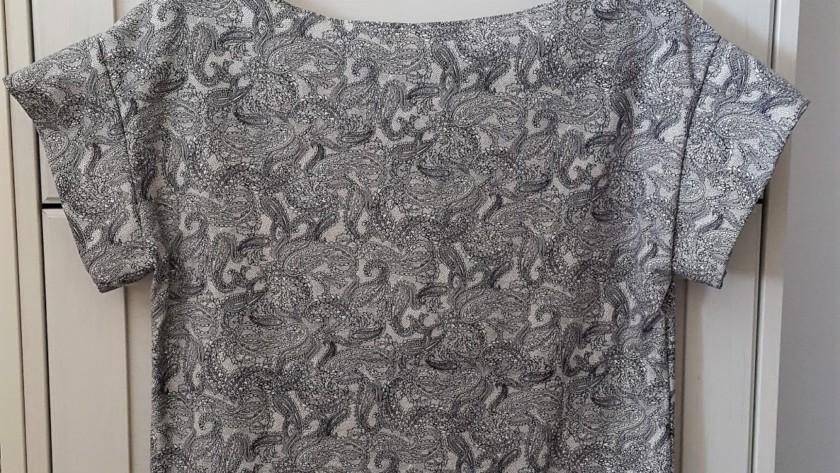 Cucire una t-shirt in modo semplice e veloce