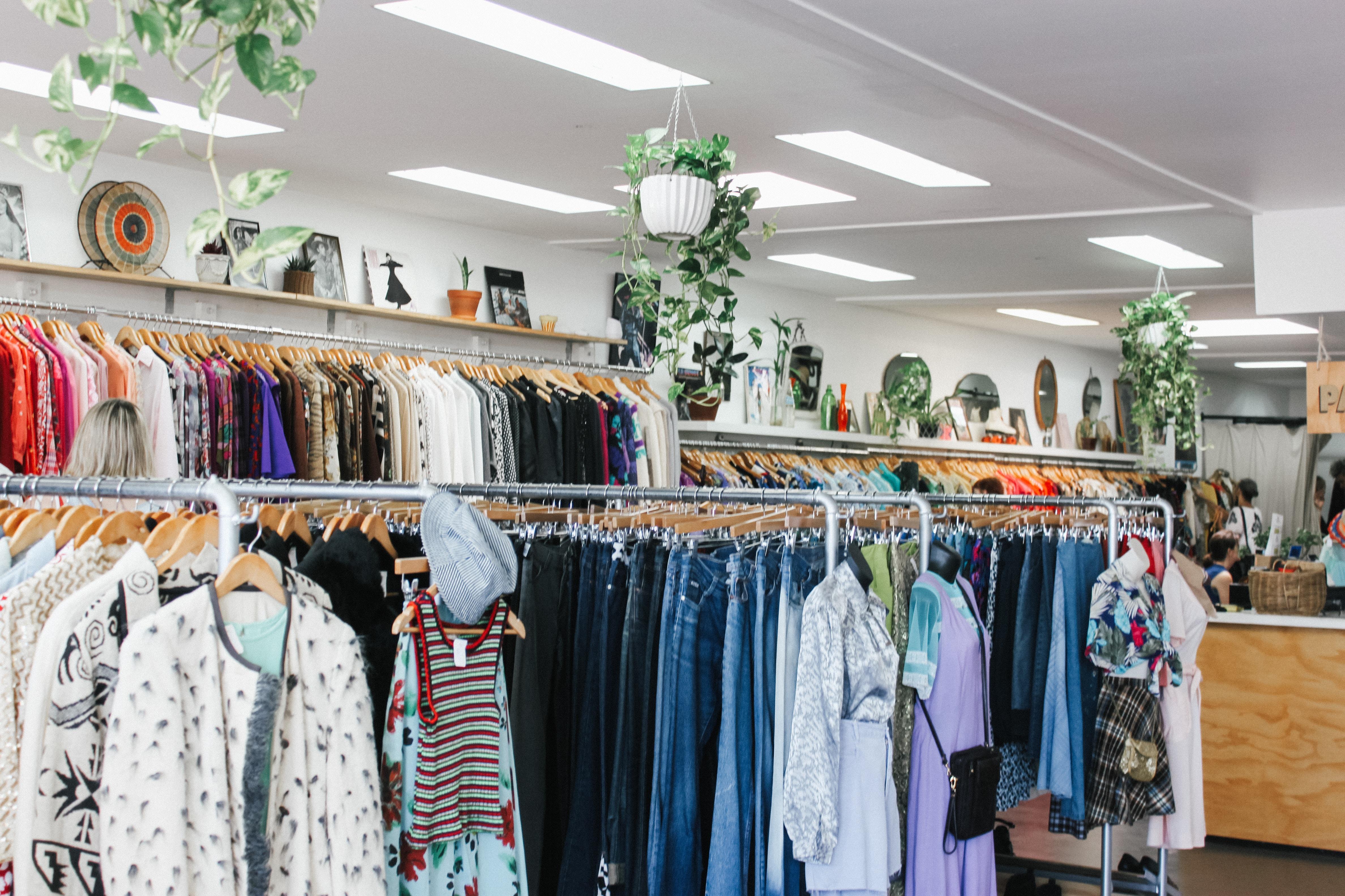 Acquistare abiti e accessori di seconda mano – la mia esperienza