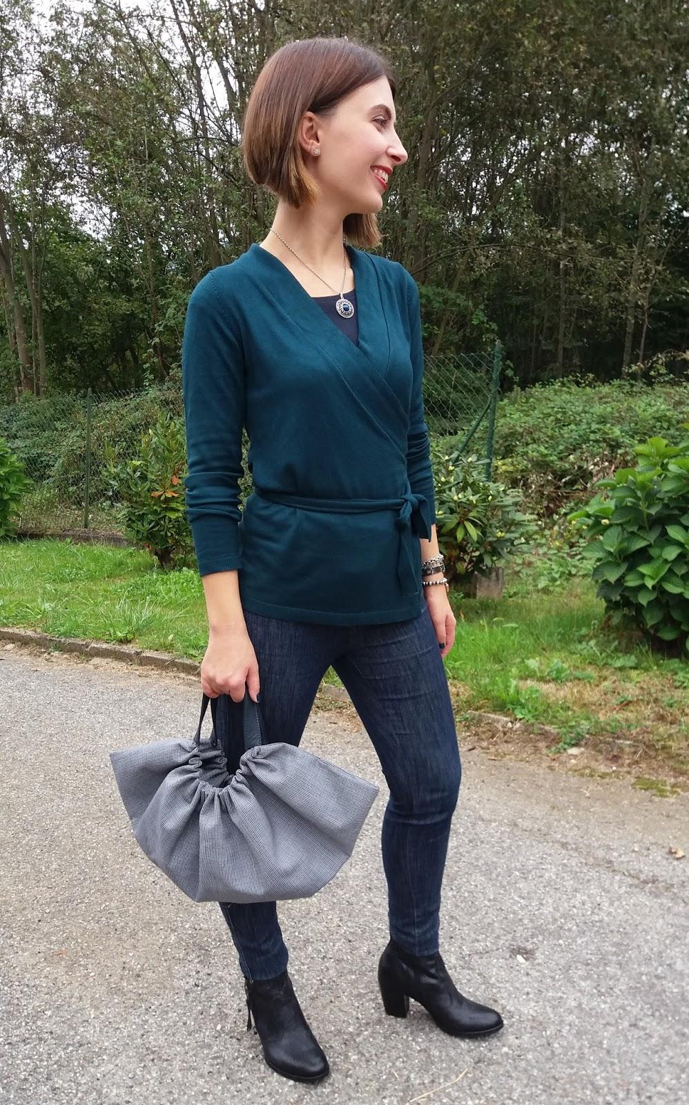 Outfit di inizio autunno con accessori handmade