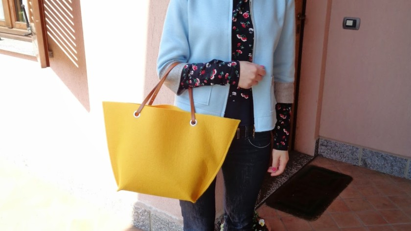 Outfit con borsa in feltro Detto Fatto!