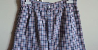Trasformare una vecchia camicia in una gonna