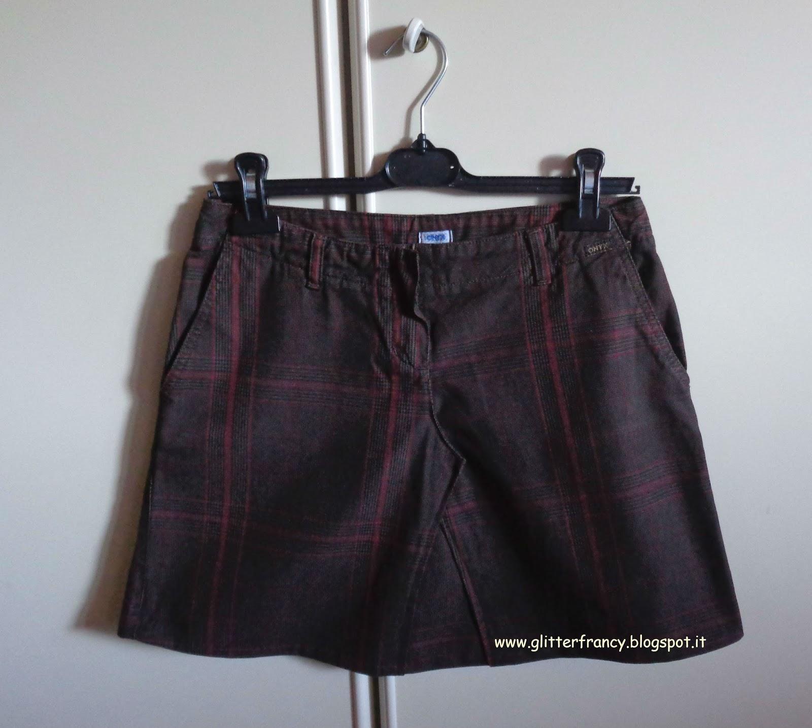 Trasformare un paio di pantaloni in una gonna