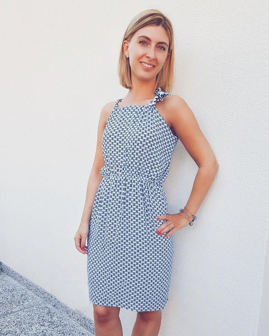 Come fare un vestito estivo con arricciatura in vita senza cartamodello
