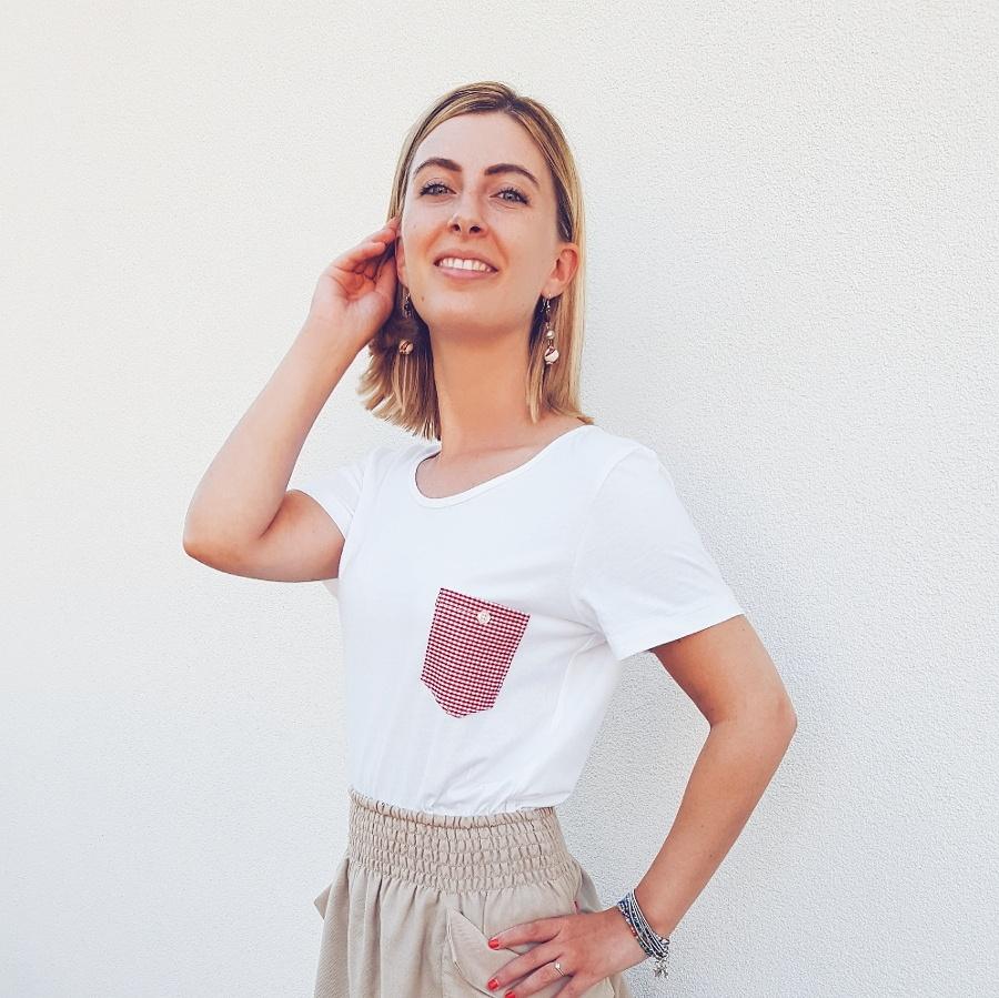 Come fare una t-shirt con taschino