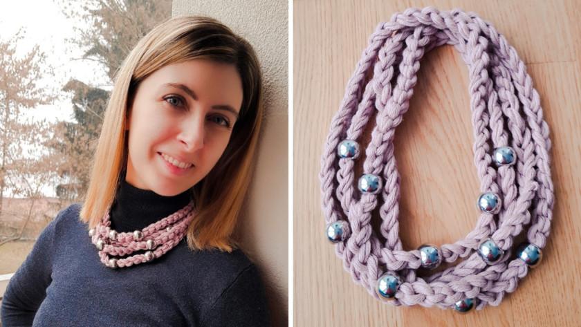 Collana di catenelle e perle argentate