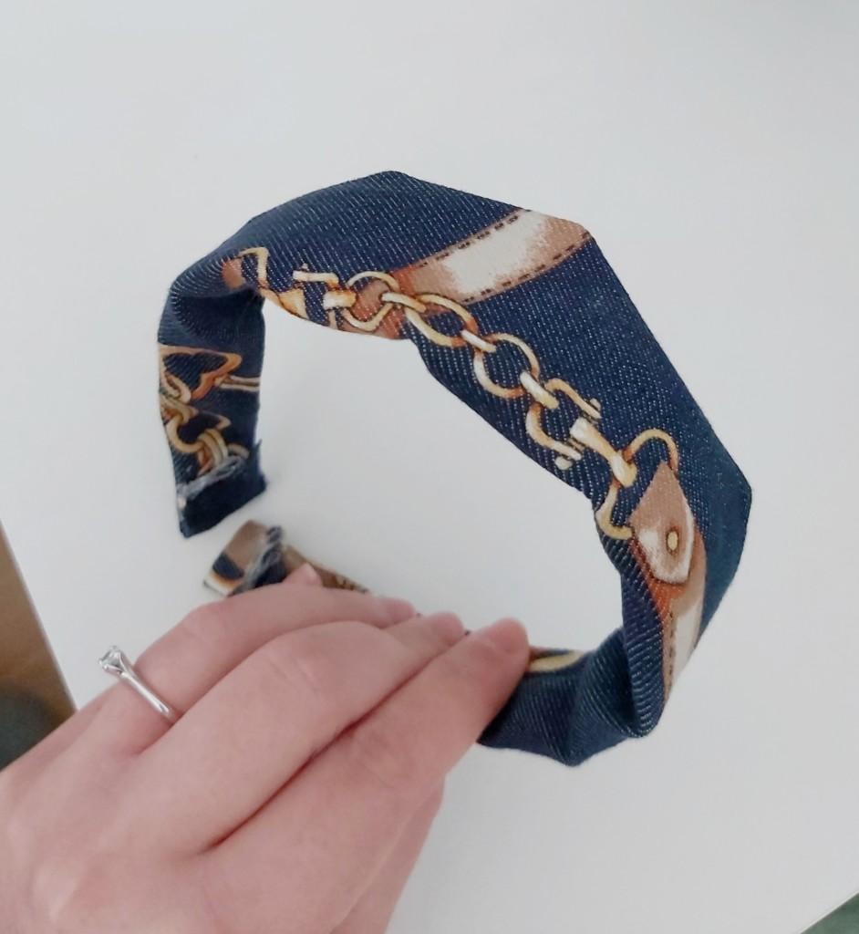 Come rivestire un cerchietto con la stoffa